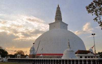 Sightseeing in Anuradhapura City