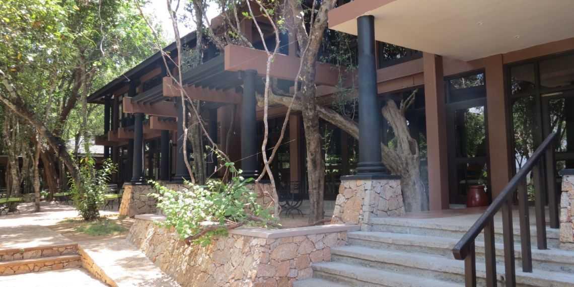 Deer Park Hotel near Polonnaruwa