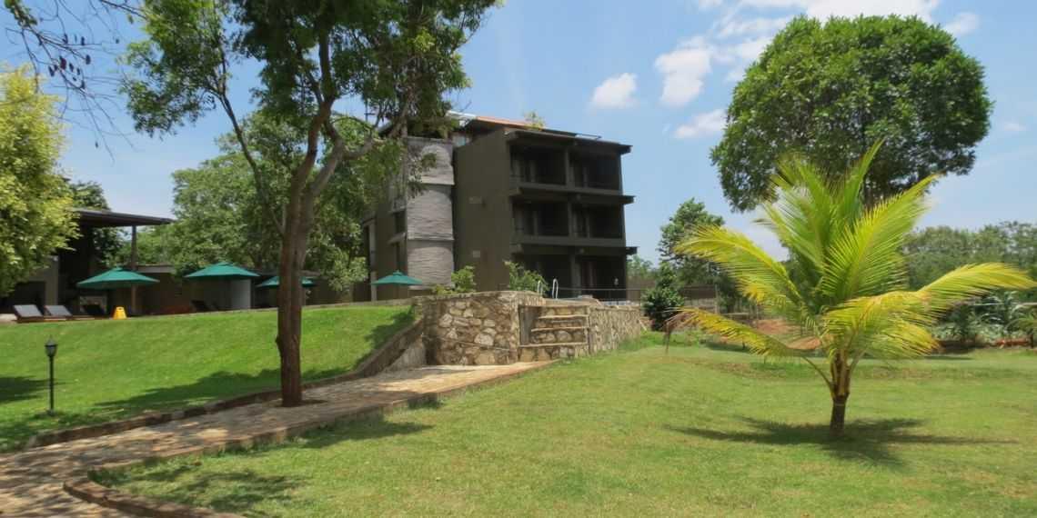 Kalu's Hideaway, Ude Walawe