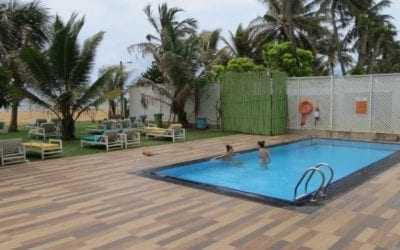 Budget 'Hotel J' on Negombo beach